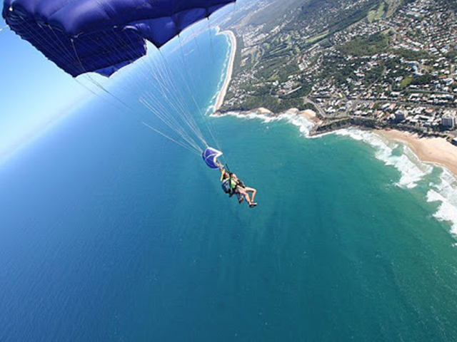 Cover Image of 15000 ft Tandem Skydive Noosa